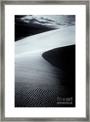 Dune Vl Selenium Framed Print by Hideaki Sakurai