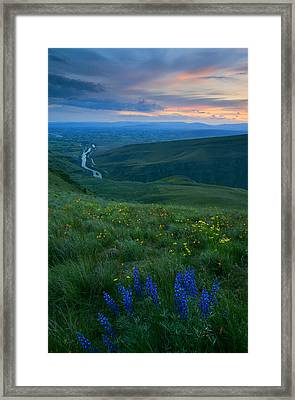 Dusk Over The Yakima Valley Framed Print by Mike  Dawson