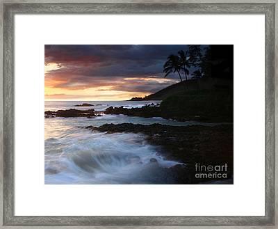 E Hamau O Makani Mai Auanei Aloha Paako Framed Print