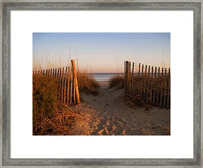 Early Morning At Myrtle Beach Sc Framed Print by Susanne Van Hulst
