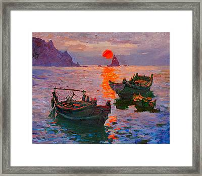 Early Morning Framed Print by Xichang Sun