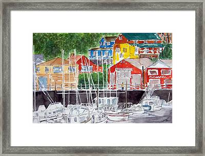 Early Visitor Framed Print by Larry Wright