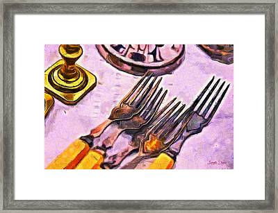 Eating In Old Style - Da Framed Print