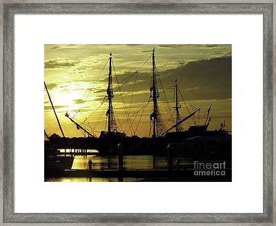 El Galeon Sunrise Framed Print