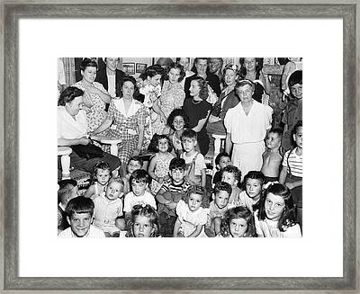 Eleanor Roosevelt And Children Framed Print by Underwood Archives