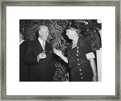 Eleanor Roosevelt And Marshall Framed Print by Underwood Archives