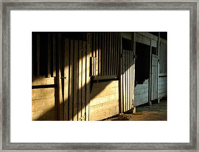 Ellwood Barn 1 Framed Print