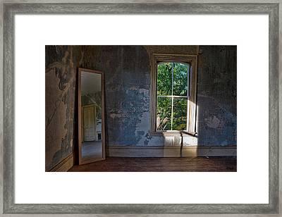 Empty Room I Color Framed Print by David Gordon