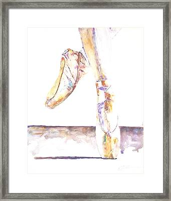En Pointe Framed Print