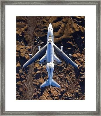 Endeavor Piggyback Over The Mojave Desert Framed Print