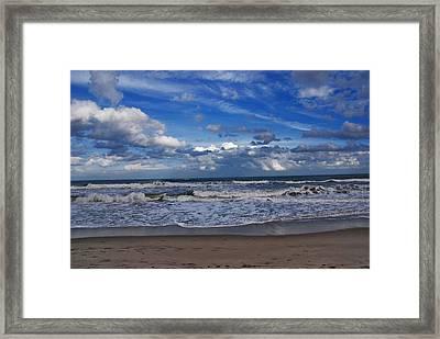 Endless Ocean Framed Print by Susanne Van Hulst