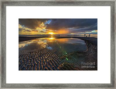 Enjoying A Sunset At The Great Salt Lake Framed Print