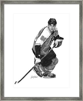 Eric Lindros Framed Print by Harry West