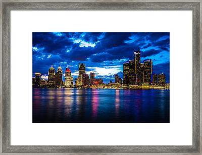 Evening On The Town Framed Print by Cindy Lindow