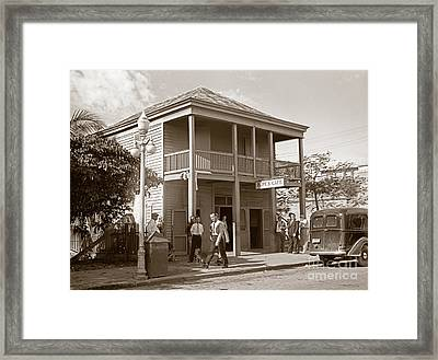 Everyone Says Hi - From Pepes Cafe Key West Florida Framed Print