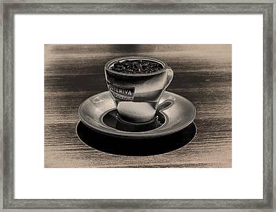 Expresso.piccolo.argenteo Framed Print by Robert Litewka