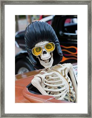 Framed Print featuring the photograph Eye Contact by Chris Dutton