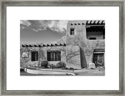 Facade Of New Mexico Museum Of Art In Black And White - Santa Fe New Mexico Framed Print