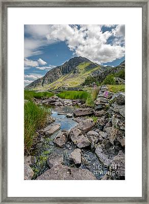 Face Of Tryfan Framed Print