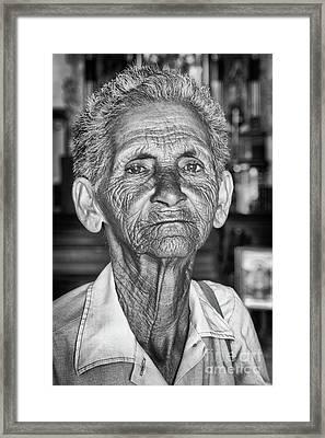 Faces Of Cuba The Woman In Need Framed Print by Wayne Moran