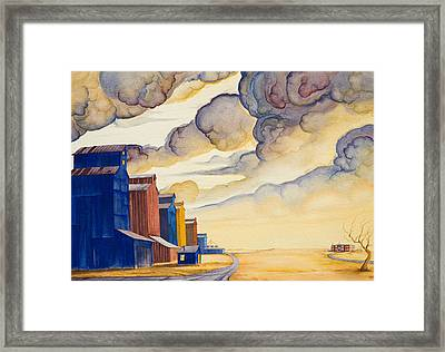 Facing The Storm Framed Print by Scott Kirby