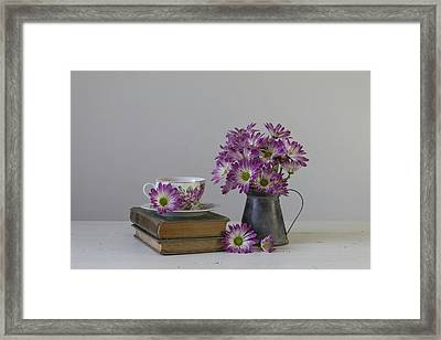 Framed Print featuring the photograph Fading Memories by Kim Hojnacki