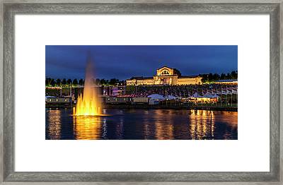 Fair Sy Louis In The Grand Basin Of Forest Park Framed Print by Garry McMichael