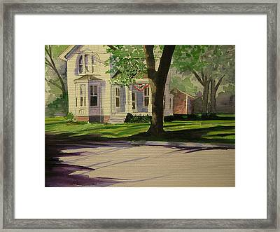 Farm House In The City Framed Print by Walt Maes
