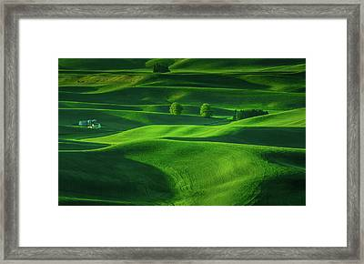 Farmhouse In The Waves Of Light Framed Print by Don Schwartz
