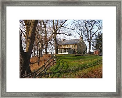 Farmhouse On A Hill Framed Print by Gordon Beck