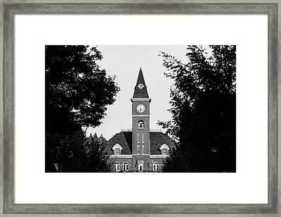 Fayetteville Arkansas Downtown Courthouse Black And White  Framed Print