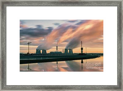 Fiddlers Ferry Power Station Framed Print by Stephen Cheatley