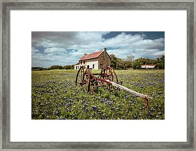 Framed Print featuring the photograph Final Resting Place by Linda Unger