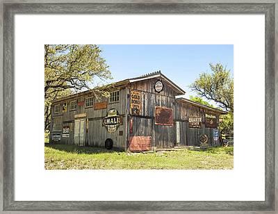 Fine Art America Pic 134 Old Barn Framed Print by Darrell Taylor