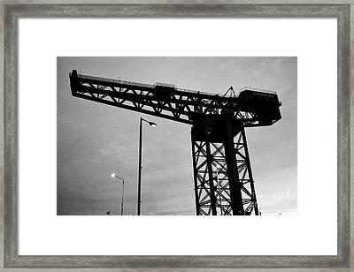 Finnieston Crane Landmark In Glasgow Scotland Uk Framed Print by Joe Fox