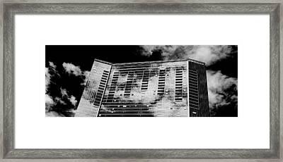 Fla-150531-nd800e-25118-bw Framed Print