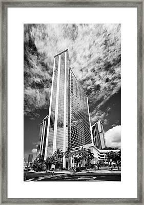 Fla-150531-nd800e-25126pa31-bw Framed Print