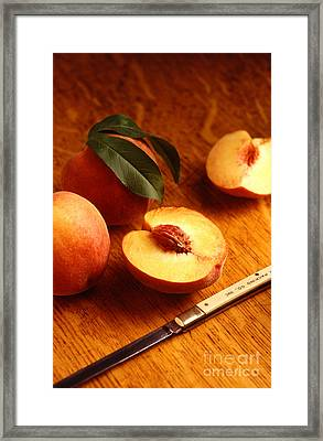 Flavorcrest Peaches Framed Print by Photo Researchers