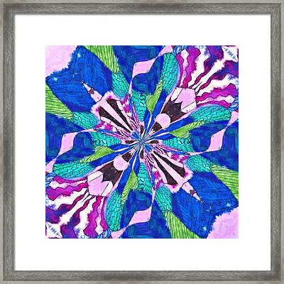 Floral Thing Framed Print by Susan Leggett