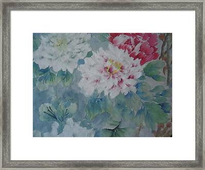 Flower  Oo3 Framed Print by Dongling Sun