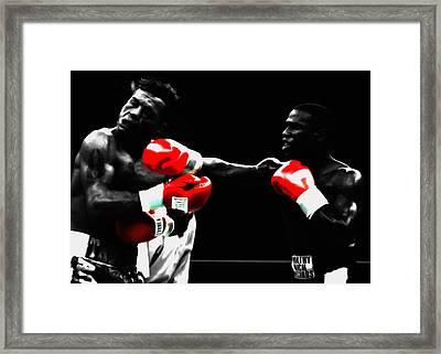 Floyd Mayweather And Arturo Gatti Framed Print
