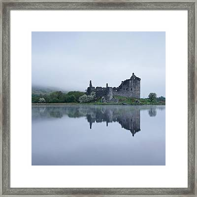 Fog At Kilchurn Castle Framed Print