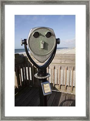Folly Beach Pay Binoculars Framed Print by Dustin K Ryan