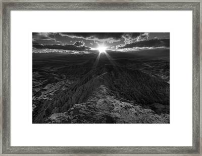 Font's Point Sunset Framed Print by Peter Tellone