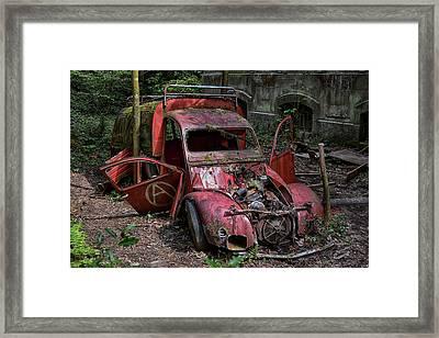 forgotten 2CV deux chevaux rouge Framed Print