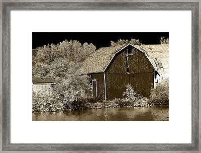 Forgotten Farm Framed Print by Scott Hovind