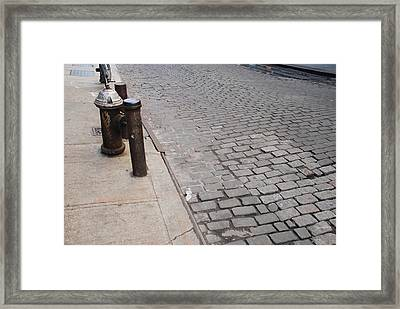Framed Print featuring the photograph Forgotten N Y by Rob Hans