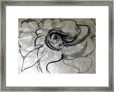 Fountains Bubbling Eye Framed Print by Sarah Hornsby