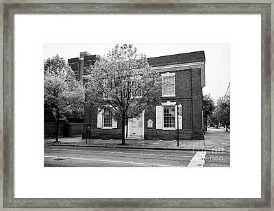 Free Quaker Meeting House In The Old City Of Philadelphia Usa Framed Print