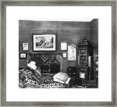 Freuds Consulting Room Framed Print by Science Source